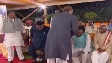Photo of Asaduddin Owaisi shakes hands with Kishan Reddy, video goes viral
