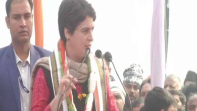 Photo of Country recognizes your 'cowardice', Priyanka slams Modi on NRC