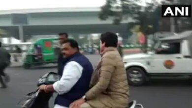 Photo of Biker fined Rs 6,100 for giving Priyanka ride without helmets