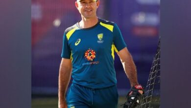 Photo of Ponting hoping Hazlewood's injury is 'not too serious'
