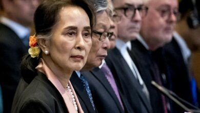 Photo of Suu Kyi slammed for 'silence' over Rohingya genocide claims