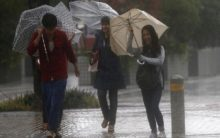 10 killed as Typhoon Phanfone batters central Philippines