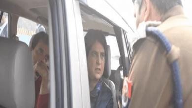 Photo of CAA: Rahul, Priyanka stopped from entering UP