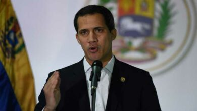 Photo of Guaido rocked by corruption claim against allied MPs