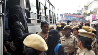 Photo of Hyderabad Police detain women, Advocates in old city