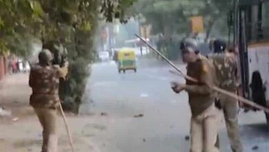 Photo of Video of alleged police firing in Jamia goes viral