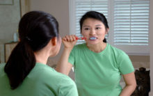 Brush your teeth for a healthy heart: Study