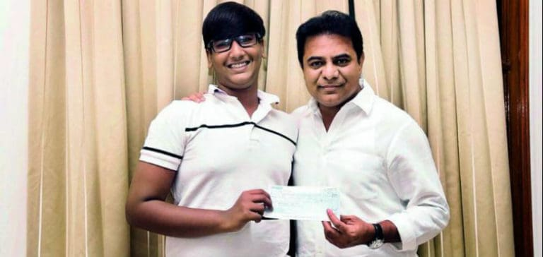 Students donate Rs.1 lakh to CM Relief Fund