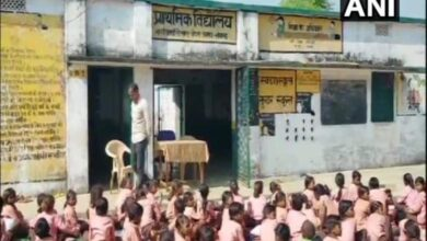 Photo of 500gm Milk Powder diluted in water for 63 students, HM suspended