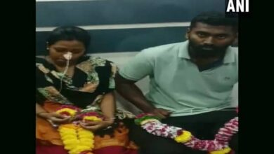 Photo of Man forced to marry girlfriend in ICU after she attempts suicide