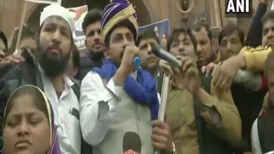 Photo of Bhim Army chief Chandrashekhar Azad visits Jama Masjid