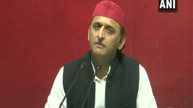 Photo of Akhilesh Yadav accuses BJP govt of selling country's assets