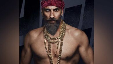 Photo of Akshay Kumar reveals new release date of 'Bachchan Pandey'