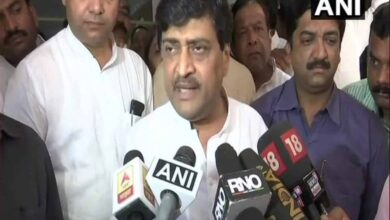 Photo of Maha Minister Ashok Chavan conquers Corona, discharged