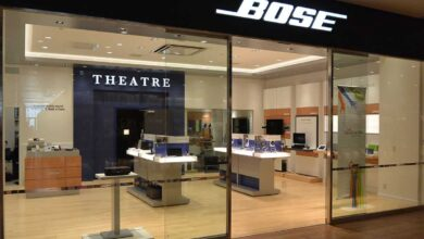 Bose to close all its retail stores