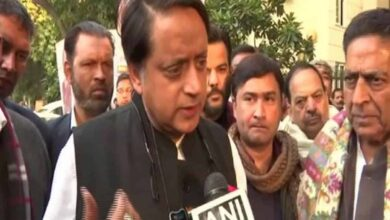 Photo of JNU, Jamia students need our support: Shashi Tharoor