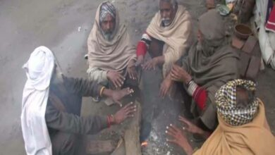 Photo of Rajasthan residents get the chills as mercury dips
