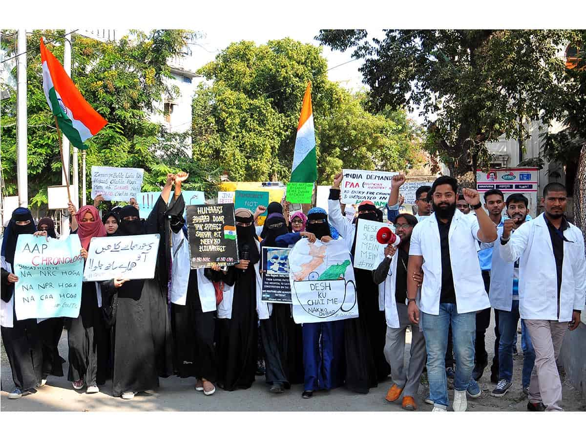 Doctors and Medicos of Unani Hospital Protest March against CAA-NRC and NPR