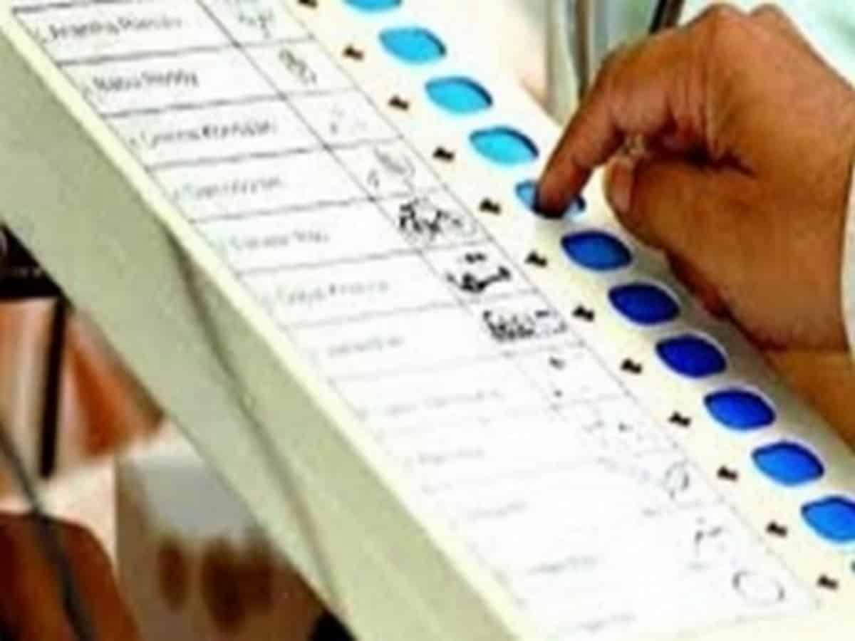 Dabeerpura by-election