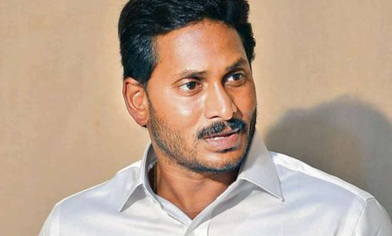 BJP's Kanna declares war against Jagan's capital shifting plan