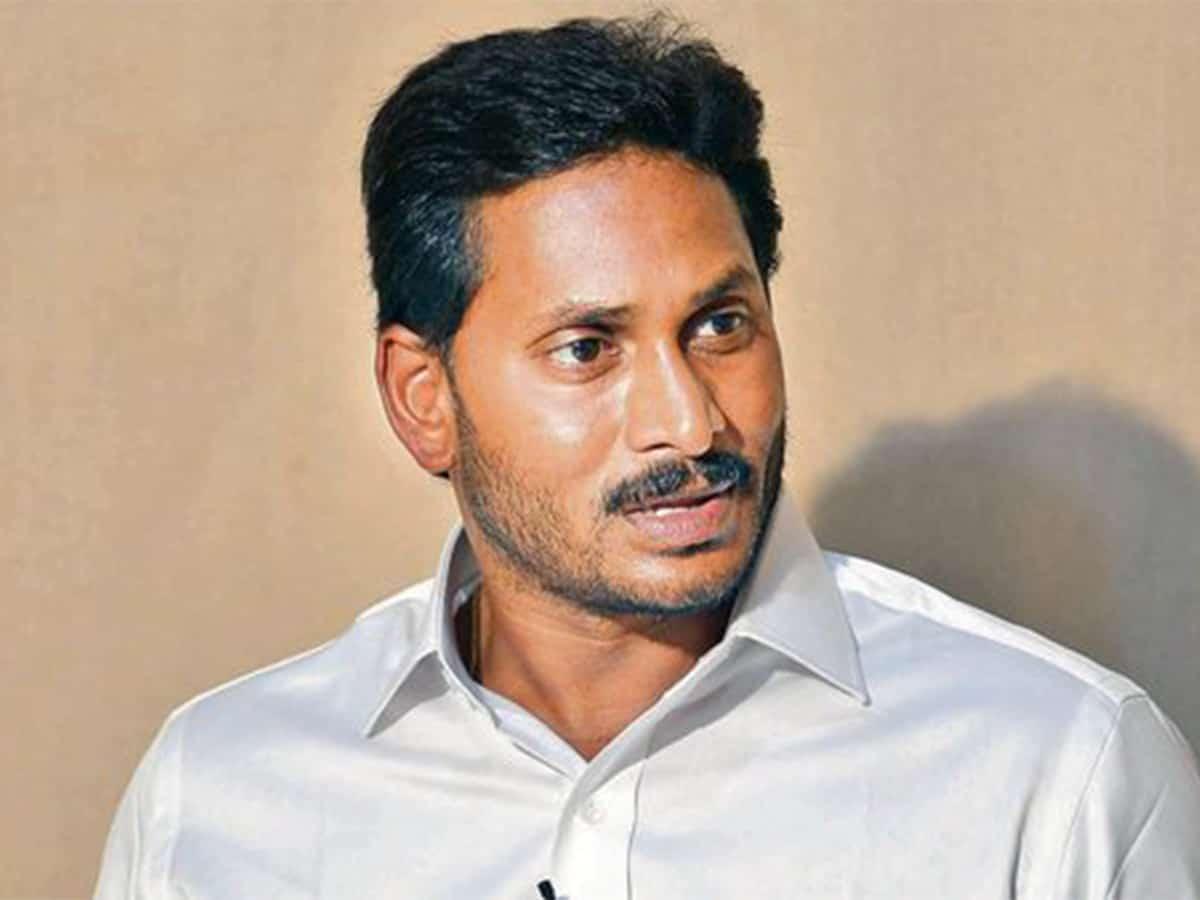BJP's Kanna declares war against Jagan's capital shifting plan
