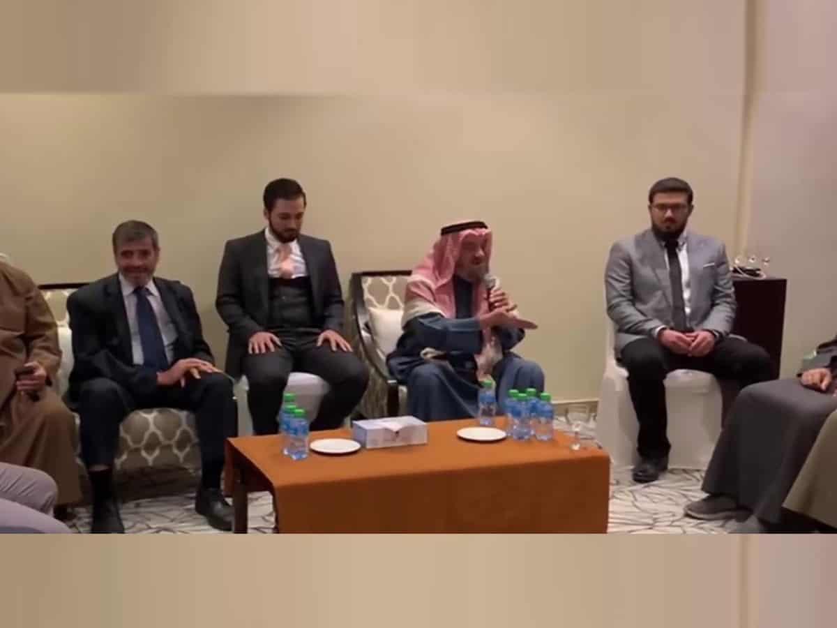 Islamic preacher dies during sermon on Prophet