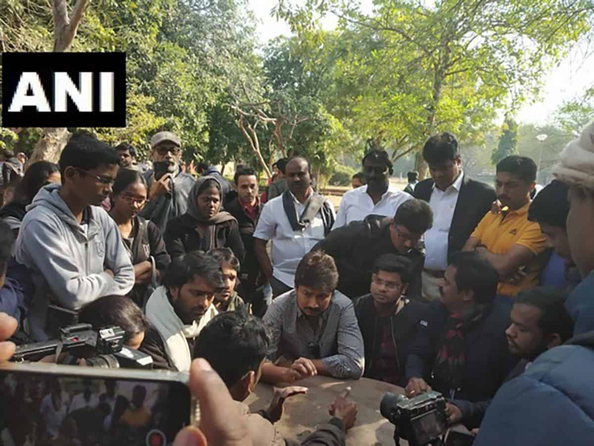 DMK youth wing leader Udhayanidhi Stalin meets JNU students in Delhi