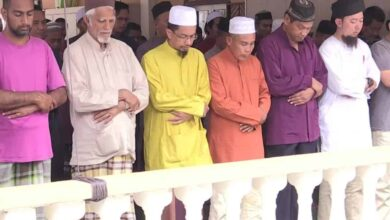Photo of Coronavirus: Malaysia orders all mosques to hold special prayers