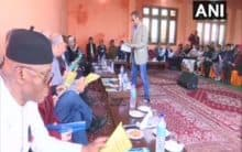 Foreign envoy delegation meet Kashmiri Pandits in Jammu