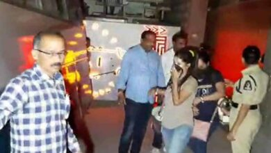 Photo of Police raids Pub in Jubilee Hills, 22 girls arrested