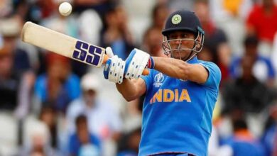 Photo of Dhoni dropped from BCCI's list of centrally contracted players