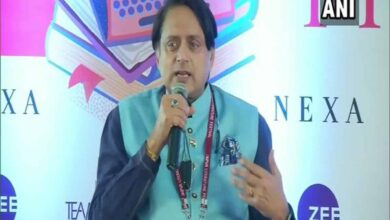 Photo of Savarkar was first advocate of two-nation theory, says Tharoor