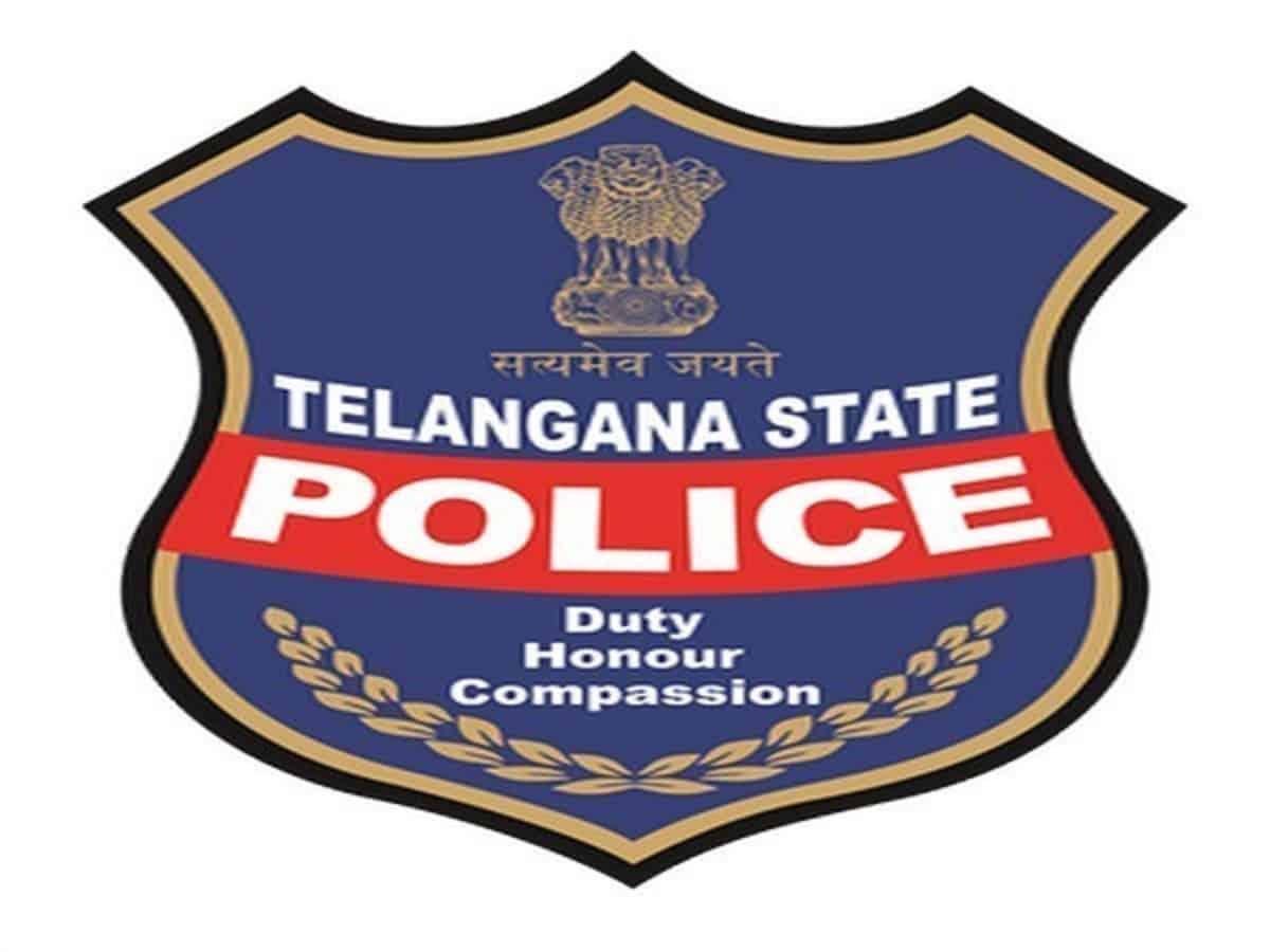 Police raid pub in Hyderabad, take 21 women into custody