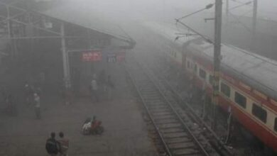 Photo of 26 trains running late due to low visibility