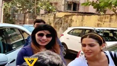 Photo of Fan tries kissing Sara Ali Khan's hand; video goes viral