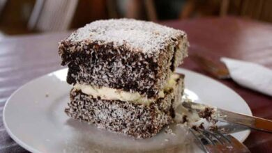 Photo of Australian woman dies in lamington eating contest