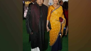 Photo of Shabana Azmi recovering well, says Javed Akhtar