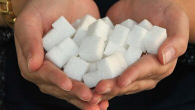 Photo of Sugary diet can promote serious gum infections