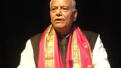 Photo of Centre ends up making rest of India like Kashmir: Yashwant Sinha