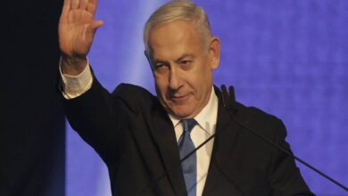 Photo of Netanyahu woos Arabs with flights to Makkah, expunge offer later