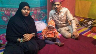 Photo of CAA: Baby dies of cold at Shaheen Bagh; mom undeterred