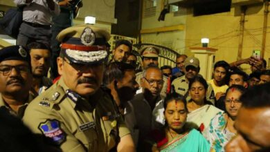 Photo of Hyderabad Police Commissioner Anjani Kumar visits Old City