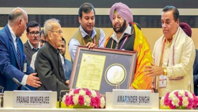Photo of Capt Amarinder Singh gets 'Aadarsh Mukhya Mantri' award