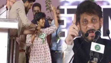 Pathan, Amulya remarks an attempt to deflect anti-CAA movement