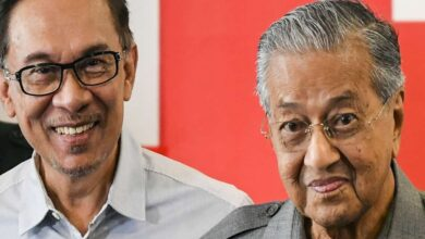 Photo of Malaysian PM Mahathir submits resignation to king