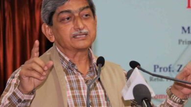 Photo of Prof Kotaiah complains of 'caste discrimination' by MANUU VC