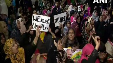 Photo of CAA protest continue in Delhi's Jaffrabad metro station area