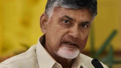Naidu trying to give slip to government, focuses on Pendurthi