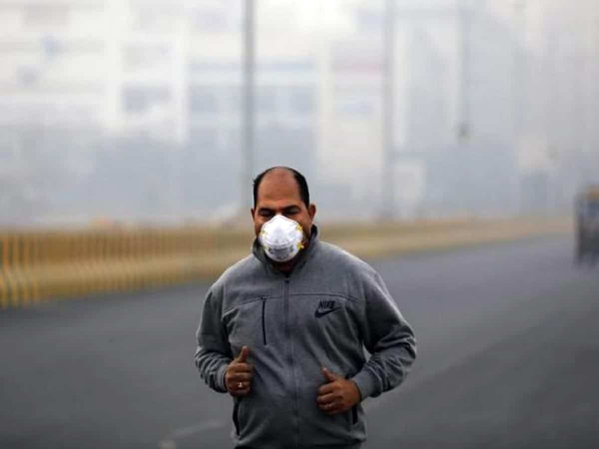 """Delhi's air quality remains """"very poor"""""""