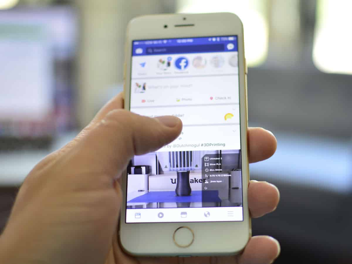 Now post 3D photos on Facebook with single-camera phones